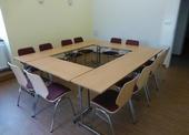 Verhandlungsraum für 14 Personen